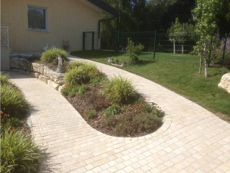 allee-jardin-granit-sol
