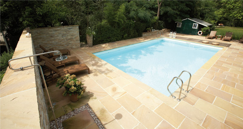 piscine-gres-mandra